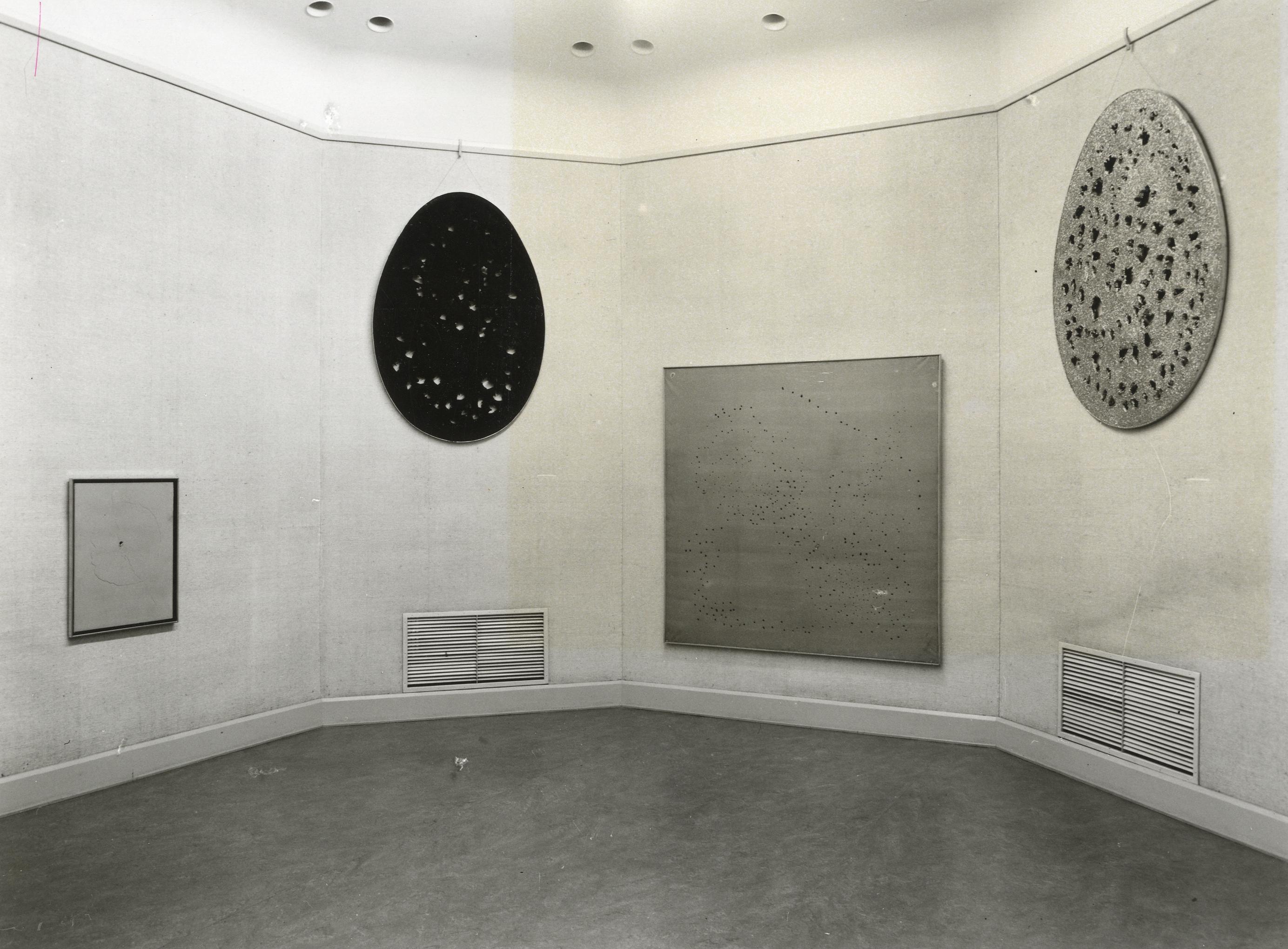 Lucio Fontana : Concetti spaziali