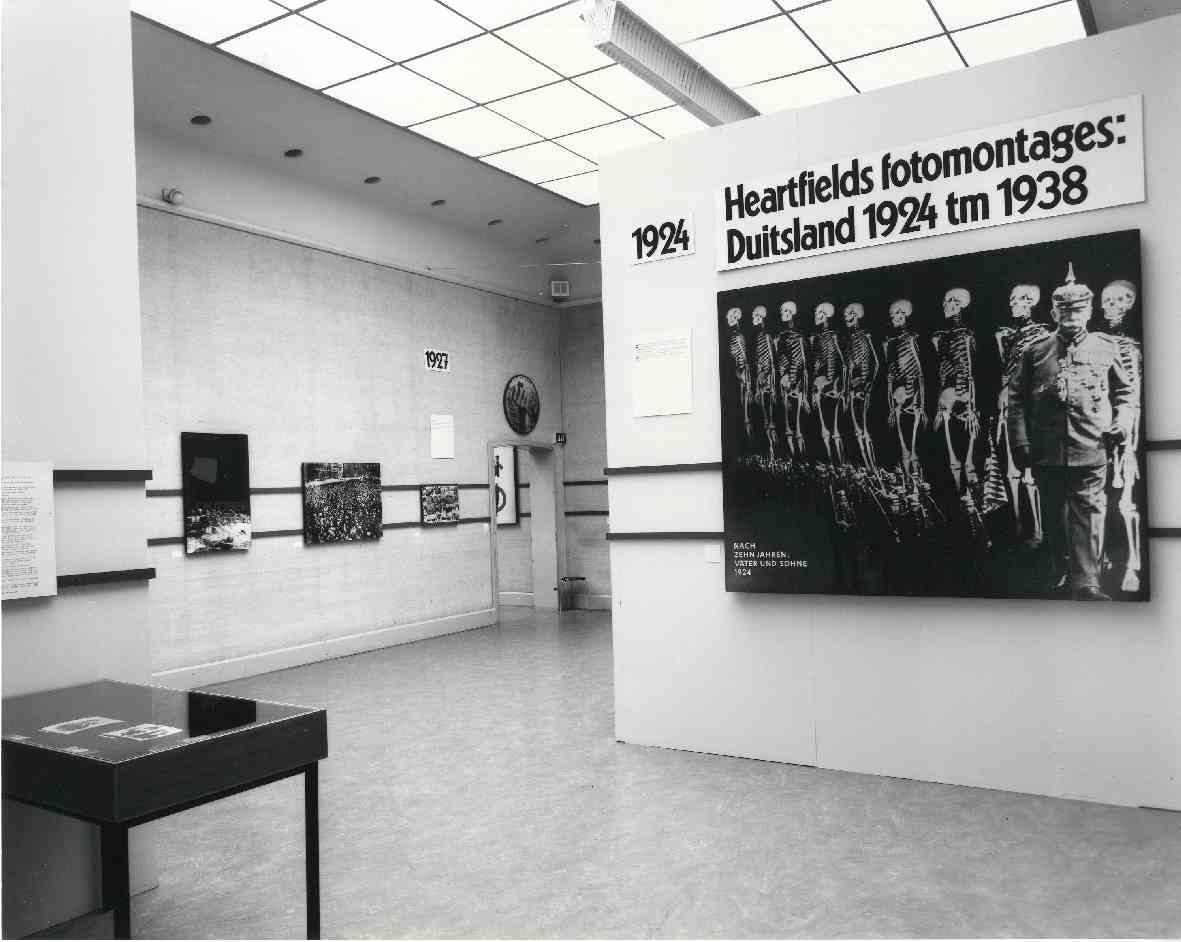 John Heartfield 1891-1968 : Fotomontages