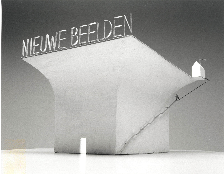 John Körmeling : Derde in een serie van zes kleinere presentaties Nederlandse kunstenaars