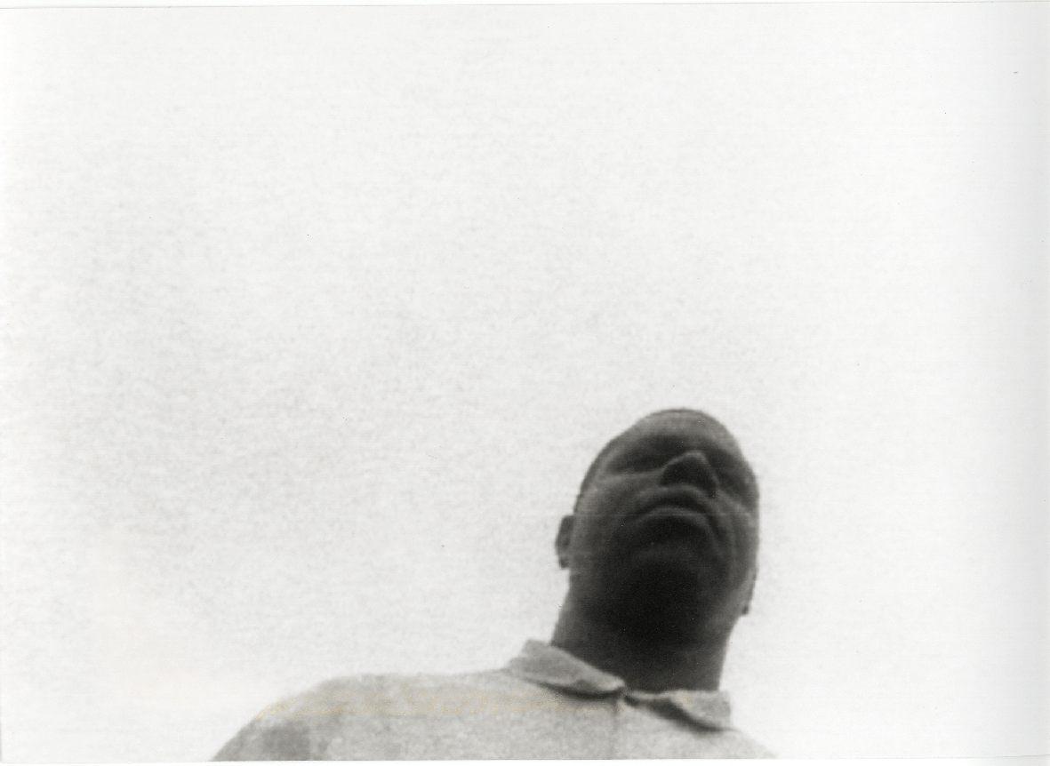 Steve McQueen : 'Five Easy Pieces' & 'Just above my head' : Video installaties