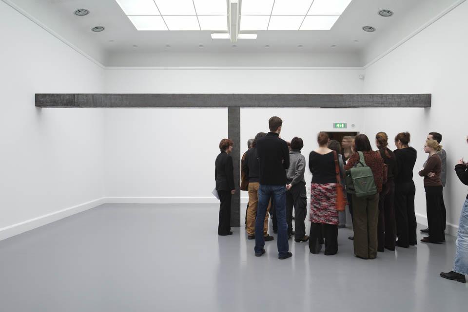 Een op een : Installaties uit de collectie (1968-1988)