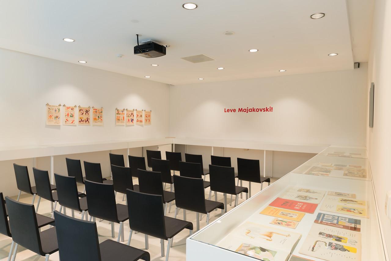 Bibliotheektentoonstellingen: Leve Majakovski!