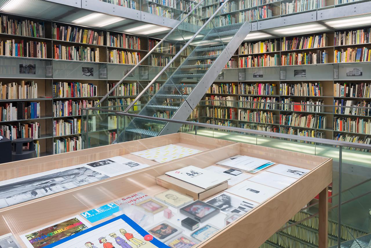 Bibliotheektentoonstellingen: Creatieve vastberadenheid