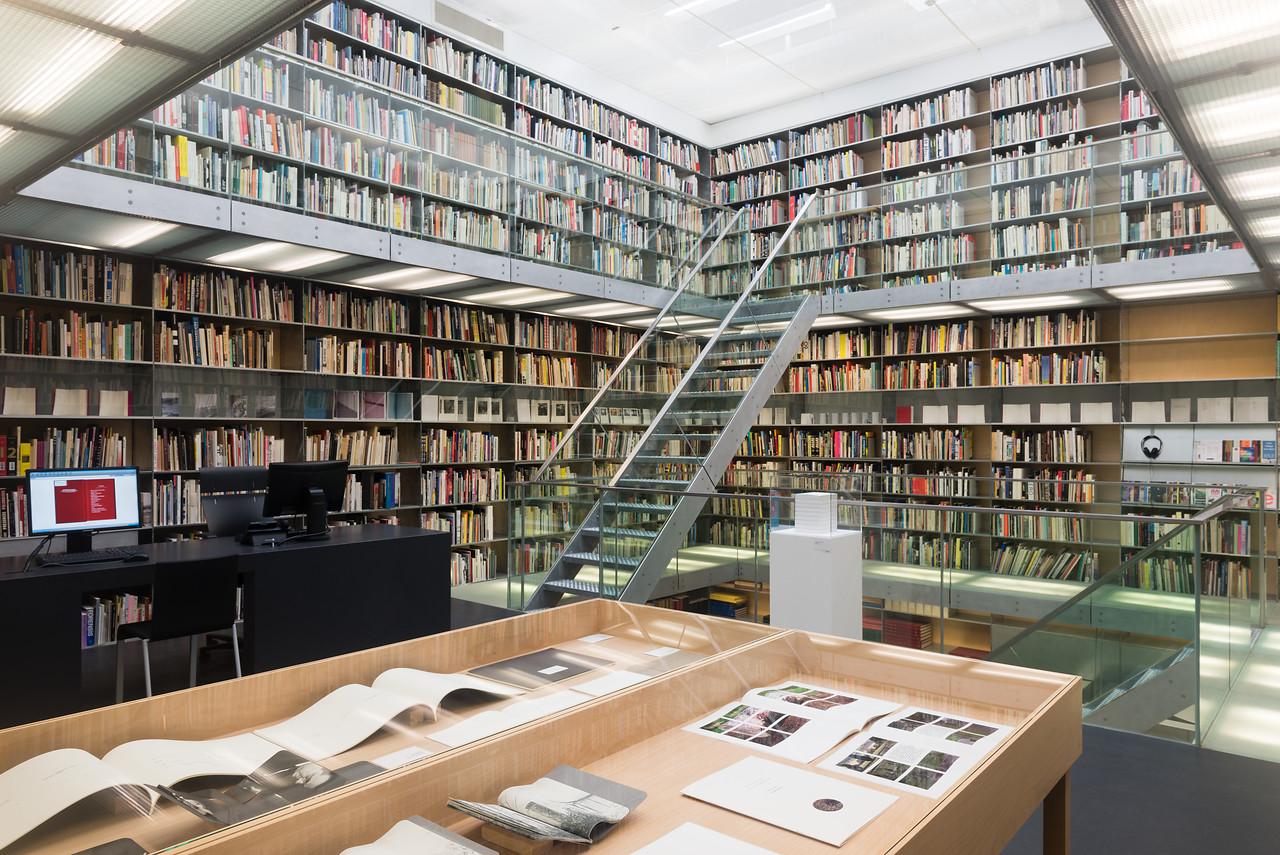 Bibliotheektentoonstellingen: Elisabeth Tonnard