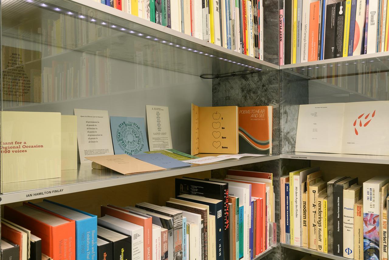Bibliotheektentoonstellingen: 100 jaar De Stijl: Spel met letters