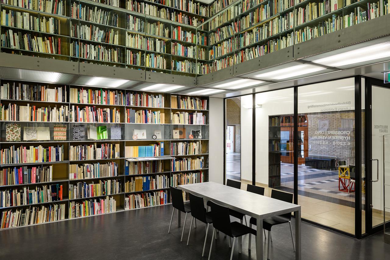 Bibliotheektentoonstellingen: Crossbreeding : Hybriden-Verlag