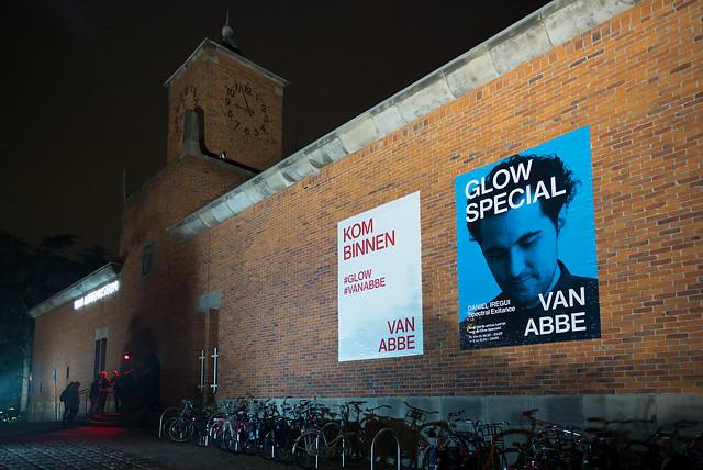 GLOW 2015 : Spectral Exitance : Lichtkunst van Daniel Iregui